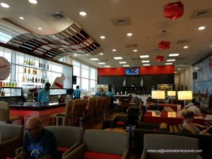 Club_MoBay_departure_lounge_2